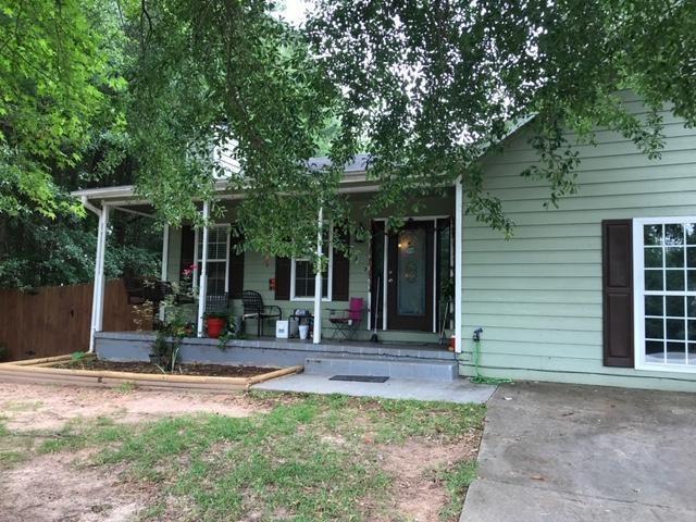 422 Matthews School Road, Winder, GA 30680 (MLS #6573064) :: North Atlanta Home Team
