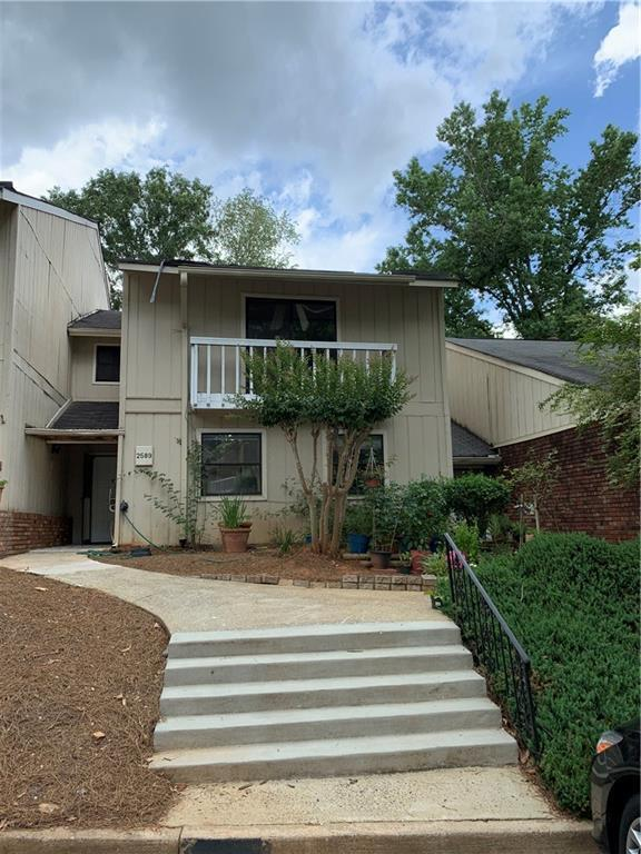 2589 Stoney Creek Road SE, Marietta, GA 30067 (MLS #6574113) :: The Heyl Group at Keller Williams