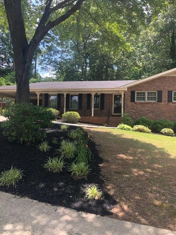 2557 Farrington Court NE, Marietta, GA 30066 (MLS #6575221) :: Kennesaw Life Real Estate