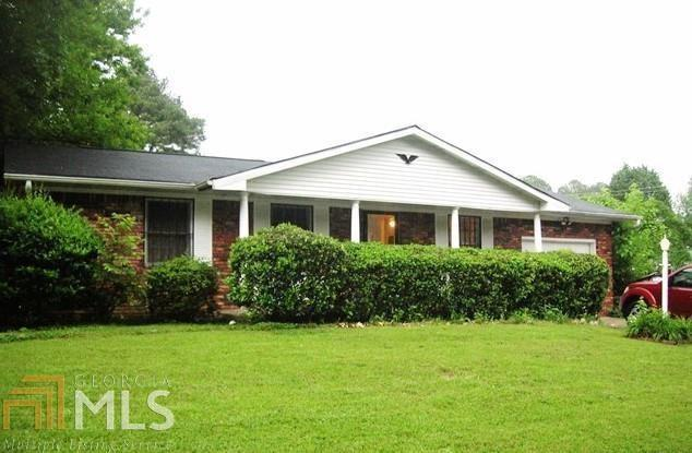 204 Sunrise Circle, Riverdale, GA 30274 (MLS #6579444) :: North Atlanta Home Team