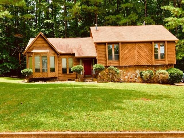 665 Fern Brooks Drive SW, Atlanta, GA 30331 (MLS #6579964) :: North Atlanta Home Team