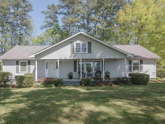 562 Floyd Springs Road NE, Armuchee, GA 30105 (MLS #6584411) :: The Zac Team @ RE/MAX Metro Atlanta