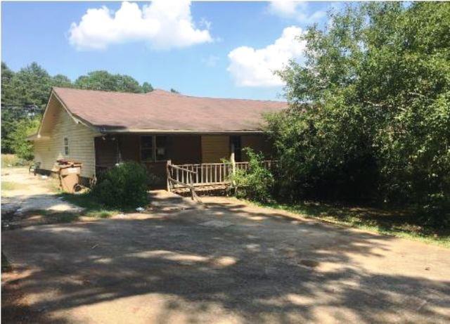 142 Whispering Way SW, Winder, GA 30680 (MLS #6585135) :: Rock River Realty