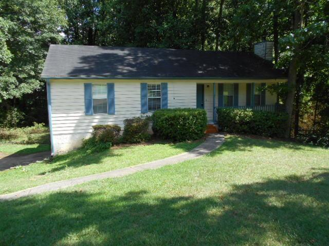 2383 Wales Drive, Austell, GA 30106 (MLS #6585298) :: The Hinsons - Mike Hinson & Harriet Hinson