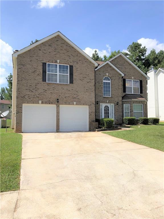 6403 Celtic Drive SW, Atlanta, GA 30331 (MLS #6589141) :: Rock River Realty