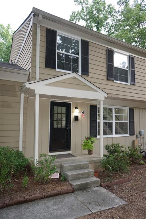 1387 Old Coach Road SW, Marietta, GA 30008 (MLS #6589189) :: Kennesaw Life Real Estate