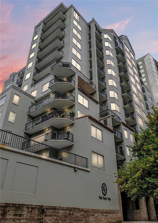 275 13th Street NE #304, Atlanta, GA 30309 (MLS #6589368) :: Iconic Living Real Estate Professionals