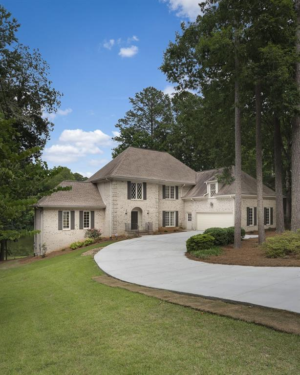 2779 Hawthorne Drive NE, Atlanta, GA 30345 (MLS #6591314) :: The North Georgia Group