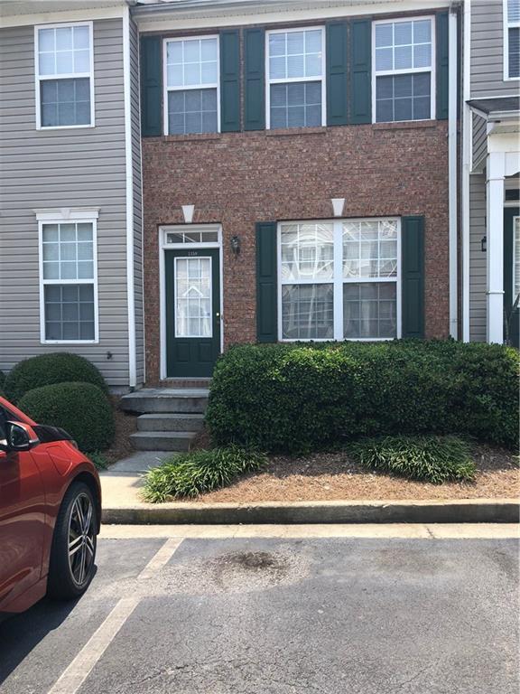 1358 Penhurst Drive, Lawrenceville, GA 30043 (MLS #6593901) :: Iconic Living Real Estate Professionals
