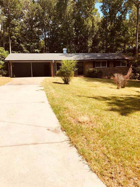 6595 Shannonlore Drive, College Park, GA 30349 (MLS #6599645) :: North Atlanta Home Team