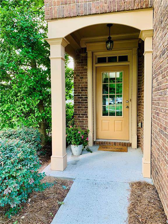 4900 Berkeley Oak Circle, Peachtree Corners, GA 30092 (MLS #6602117) :: RE/MAX Paramount Properties
