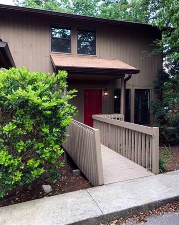 1904 Pine Tree Drive, Buford, GA 30518 (MLS #6602168) :: RE/MAX Paramount Properties