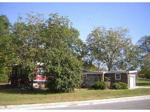 1002 Huff Street SW, Conyers, GA 30012 (MLS #6602721) :: The Heyl Group at Keller Williams