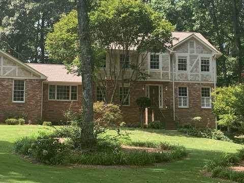 303 Summitt Ridge Drive, Lawrenceville, GA 30046 (MLS #6602730) :: Iconic Living Real Estate Professionals