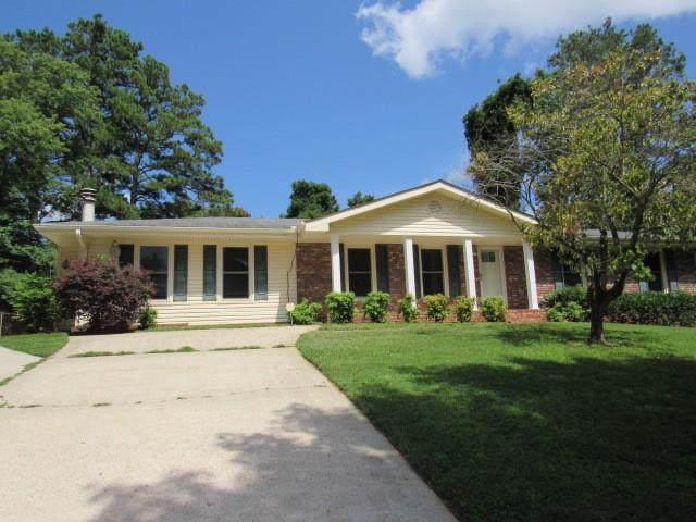 2541 Creekview Drive SW, Marietta, GA 30008 (MLS #6602922) :: RE/MAX Paramount Properties