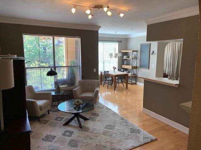 3777 Peachtree Road NE #421, Brookhaven, GA 30319 (MLS #6607369) :: Iconic Living Real Estate Professionals