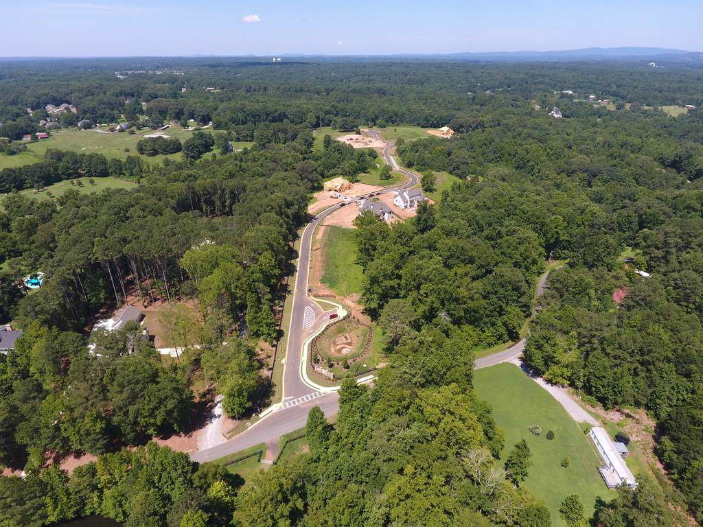 124 Creekview Lane - Photo 1