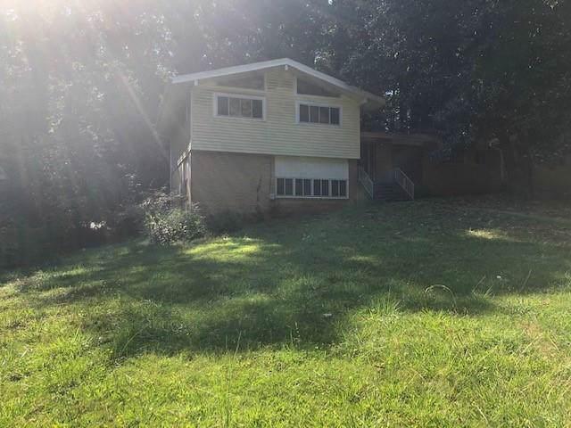 3368 Old Fairburn Road SW, Atlanta, GA 30331 (MLS #6611416) :: The Heyl Group at Keller Williams