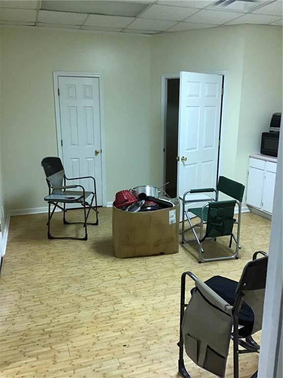 1543 N Avondale Circle, Macon, GA 31216 (MLS #6611811) :: North Atlanta Home Team