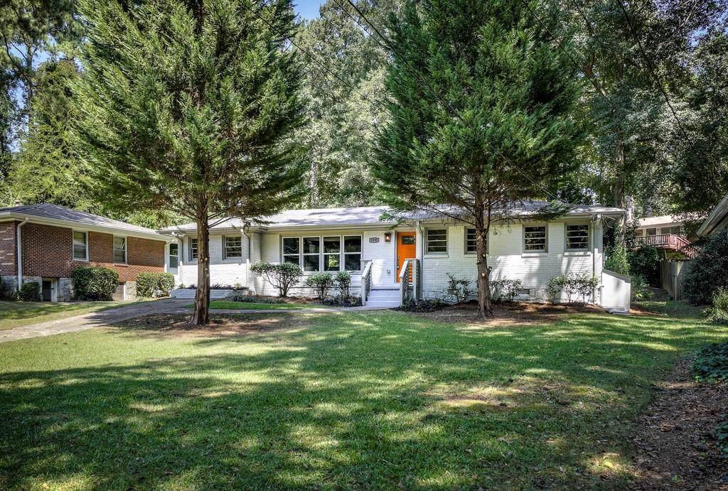 3190 Pinehill Drive - Photo 1
