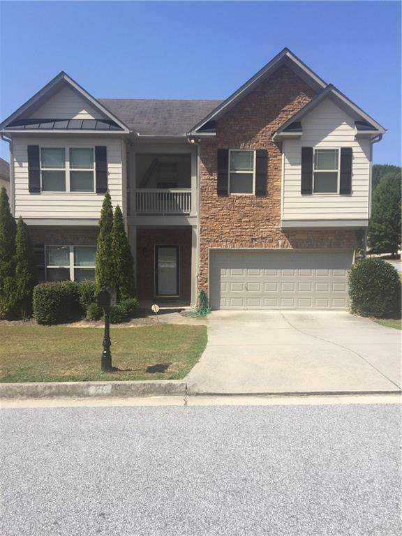 835 Autumn Bluffs, Fairburn, GA 30213 (MLS #6618707) :: North Atlanta Home Team