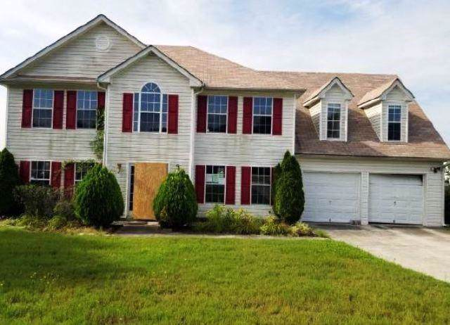 7607 Larkspur Street, Lithonia, GA 30058 (MLS #6619242) :: North Atlanta Home Team