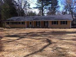 2585 Pamela Drive, Snellville, GA 30078 (MLS #6621683) :: North Atlanta Home Team