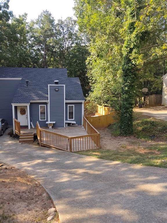 6566 Oakwood Drive, Douglasville, GA 30135 (MLS #6622576) :: North Atlanta Home Team