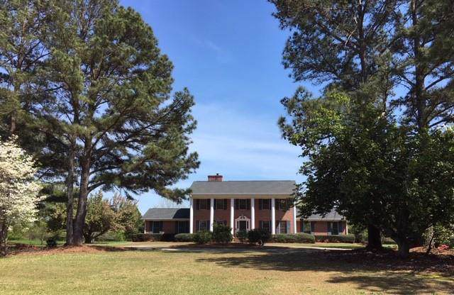 838 Conyers Road, Mcdonough, GA 30252 (MLS #6624088) :: The Heyl Group at Keller Williams