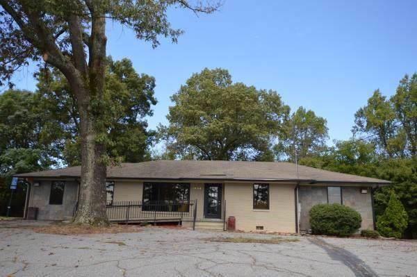 1004 S Peachtree Street, Norcross, GA 30071 (MLS #6625502) :: North Atlanta Home Team