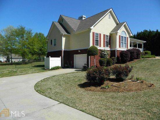 15 Rutherford Place, Social Circle, GA 30025 (MLS #6627110) :: The Realty Queen Team