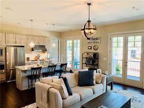 201 Canton Way, Roswell, GA 30075 (MLS #6627378) :: Kennesaw Life Real Estate