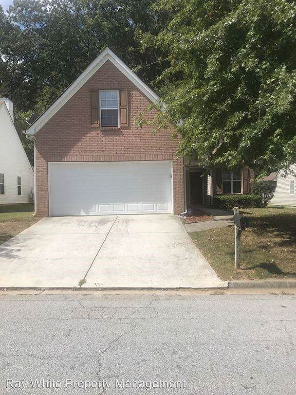 4413 Chestnut Lake Avenue, Lithonia, GA 30038 (MLS #6628611) :: North Atlanta Home Team