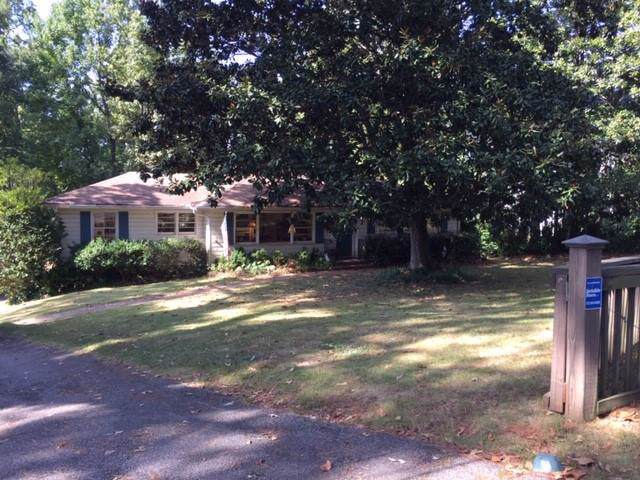 4520 Stella Drive Nw, Sandy Springs, GA 30327 (MLS #6631188) :: North Atlanta Home Team