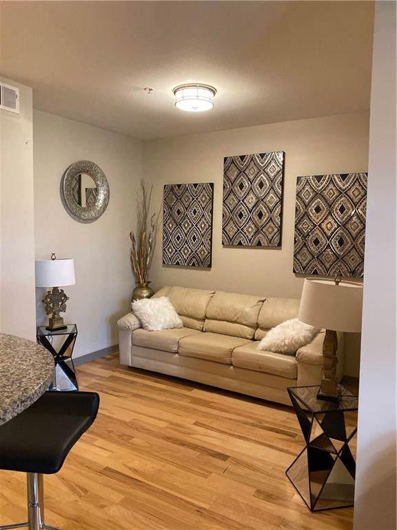 390 17th Street NW #5026, Atlanta, GA 30363 (MLS #6631344) :: Good Living Real Estate