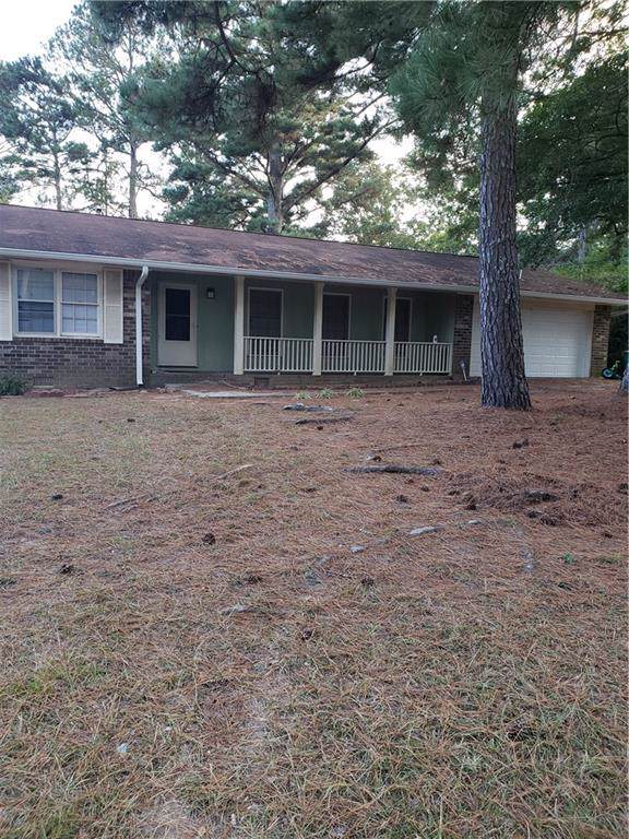 6411 Edenfield Drive, Lithonia, GA 30058 (MLS #6631475) :: The Hinsons - Mike Hinson & Harriet Hinson