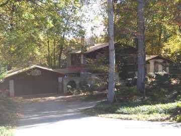 2046 Sourwood Road, Norcross, GA 30071 (MLS #6636648) :: North Atlanta Home Team