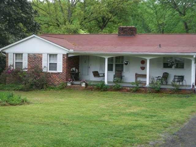 23 Adair Drive, Marietta, GA 30066 (MLS #6644651) :: Charlie Ballard Real Estate