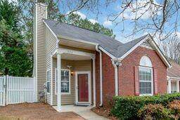 620 Crossbridge Alley, Johns Creek, GA 30022 (MLS #6654451) :: The Cowan Connection Team