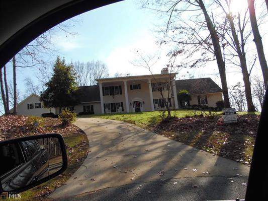 2425 Thompson Mill Road, Gainesville, GA 30506 (MLS #6655233) :: North Atlanta Home Team