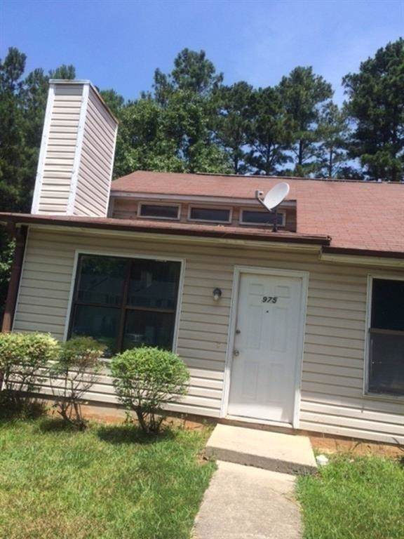 975 Hickory Bend Road, Atlanta, GA 30349 (MLS #6656294) :: The Zac Team @ RE/MAX Metro Atlanta