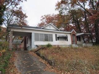 2703 Harris Street, East Point, GA 30344 (MLS #6658371) :: MyKB Partners, A Real Estate Knowledge Base