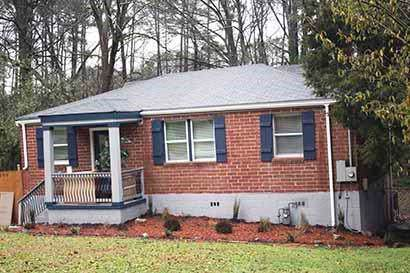 2590 Godfrey Drive NW, Atlanta, GA 30318 (MLS #6668291) :: The Hinsons - Mike Hinson & Harriet Hinson