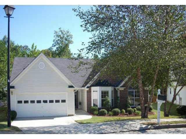 3608 Jackson Bluff Drive, Lawrenceville, GA 30044 (MLS #6668647) :: The Butler/Swayne Team