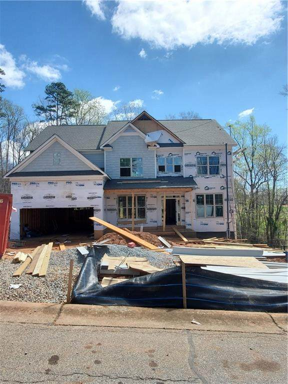 4715 Fairways Lane, Jefferson, GA 30549 (MLS #6701180) :: North Atlanta Home Team