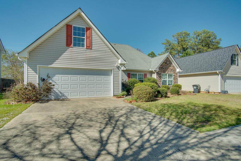 1724 Stephens Pond View - Photo 1
