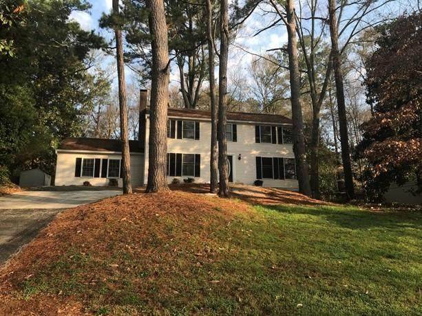 125 N Pond Court, Roswell, GA 30076 (MLS #6702073) :: MyKB Partners, A Real Estate Knowledge Base