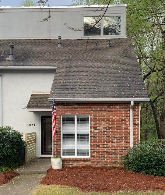 3071 Vinings Ferry Drive SE, Atlanta, GA 30339 (MLS #6702625) :: North Atlanta Home Team