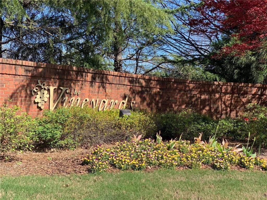 3718 Vineyards Lake Circle - Photo 1