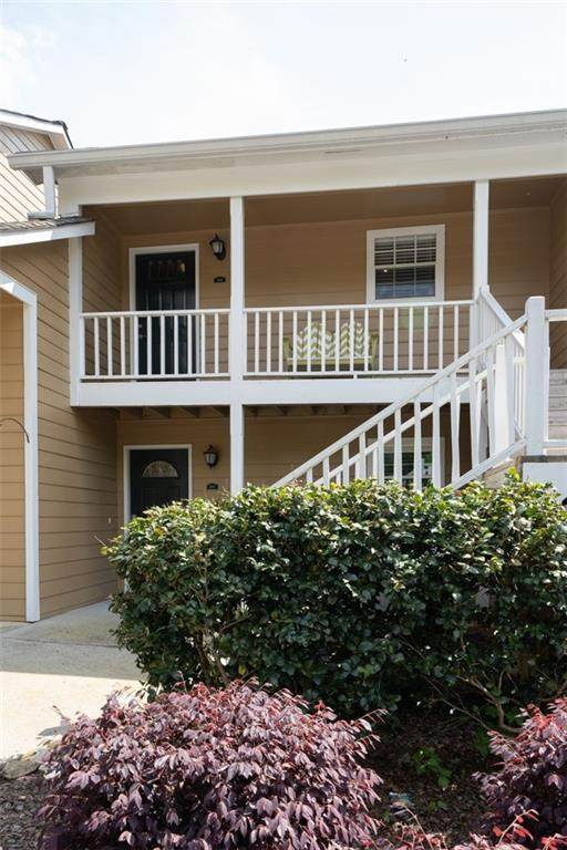 4120 Riverlook Parkway SE #301, Marietta, GA 30067 (MLS #6707060) :: North Atlanta Home Team